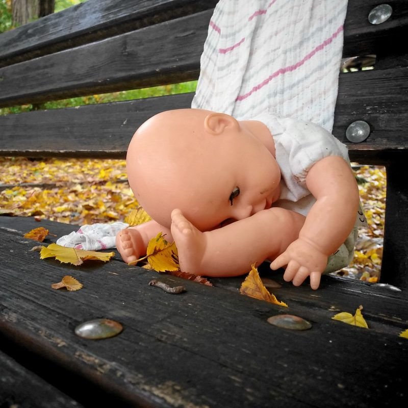 Mamalose Puppe im Fürther Stadtpark
